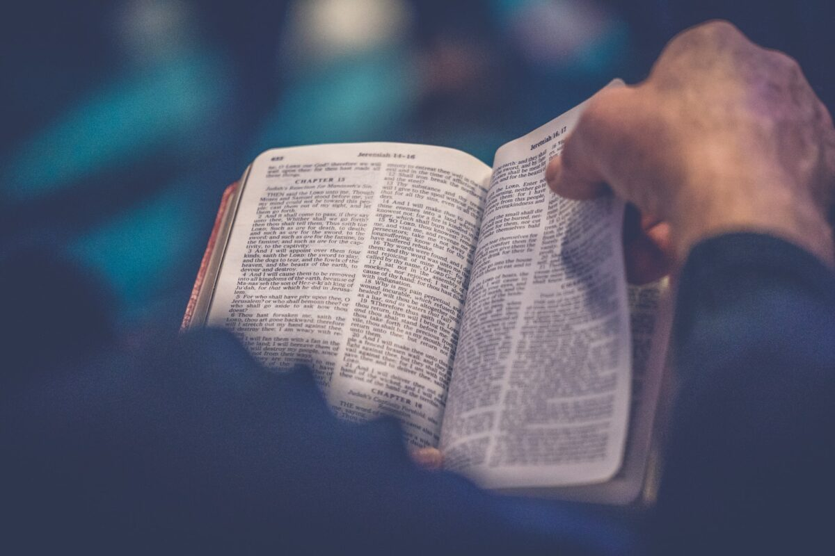 Bible Study Tips to Teach Your Young Child
